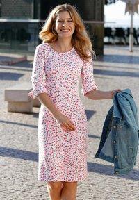 Laura Kent - Shift dress - rosé - 2