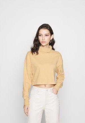 ONLMILA CROPPED  - Sweatshirt - warm sand