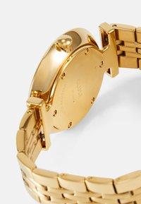 Cluse - TRIOMPHE - Montre - gold-coloured/white - 2