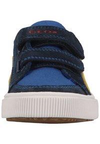 Geox - Sneakers laag - royal yellow - 2