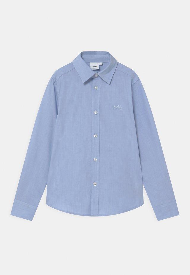 Shirt - pale blue