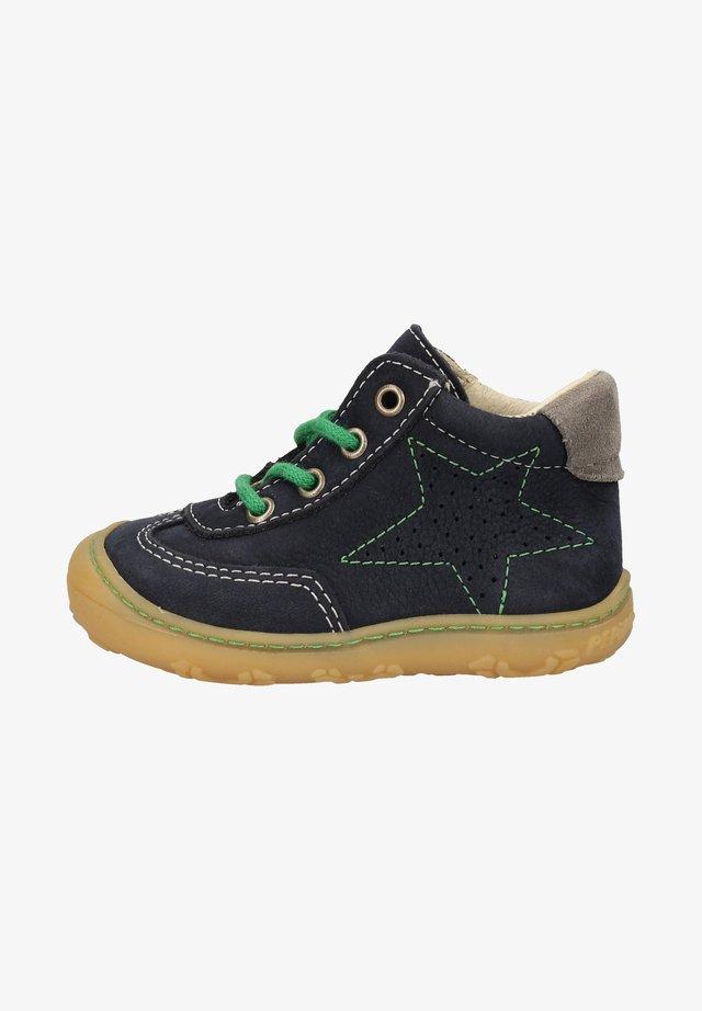 Lær-at-gå-sko - see