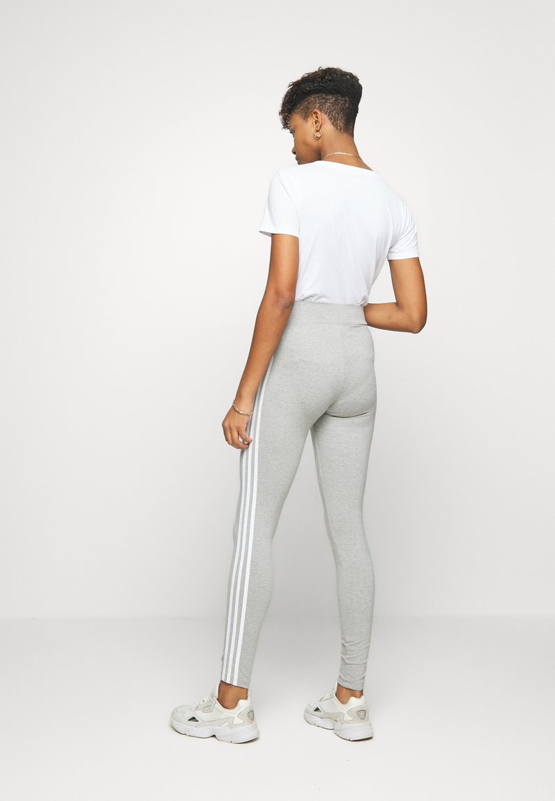 adidas Originals - ADICOLOR 3STRIPES SPORT INSPIRED TIGHTS - Leggings - Hosen - medium grey heather/white