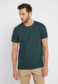 edc by Esprit - CORE - Print T-shirt - teal blue - 0