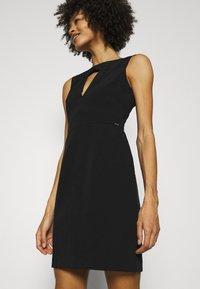 Guess - PATTI DRESS - Shift dress - jet black - 3