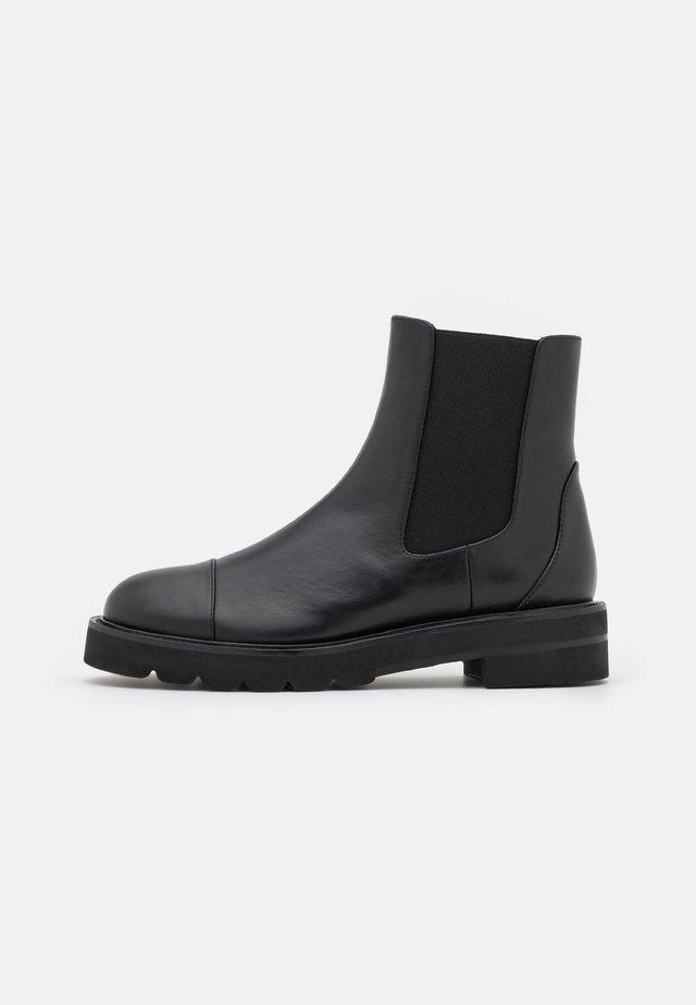 FRANKIE LIFT BOOTIE - Kotníkové boty - black