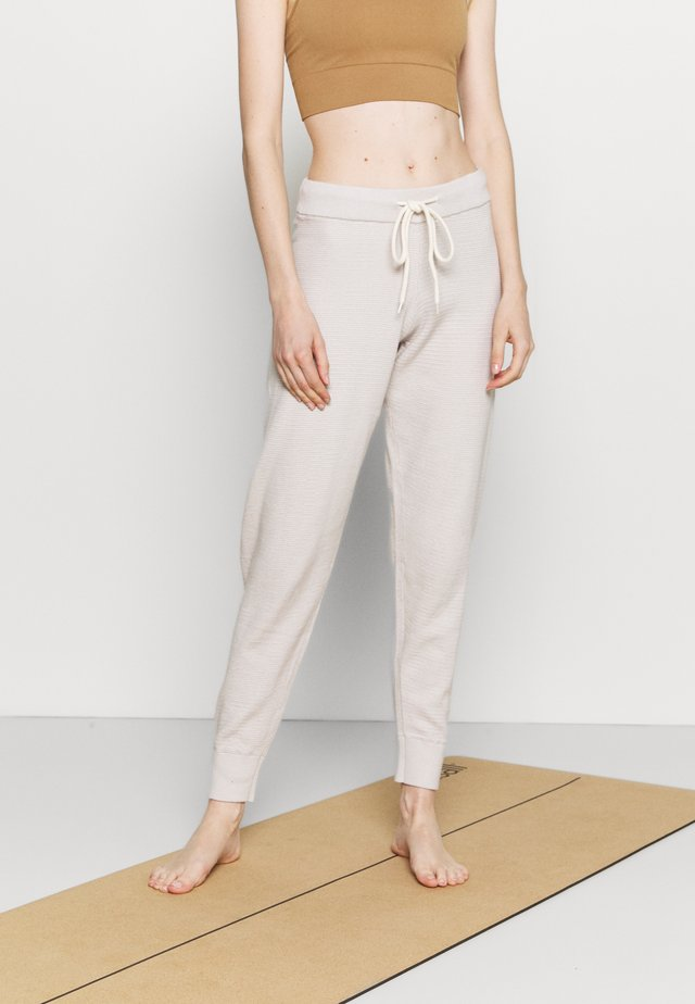 ALICE - Pantalon de survêtement - cobweb silver