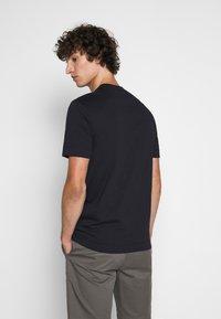 Emporio Armani - Print T-shirt - dark blue - 2