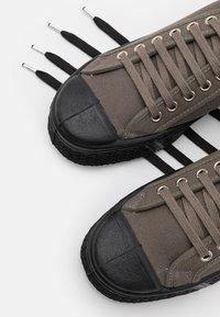 US Rubber Company - UNISEX - Sneakersy niskie - slate grey - 5
