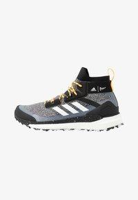 TERREX FREE PARLEY - Scarpa da hiking - core black/footwear white/solar gold