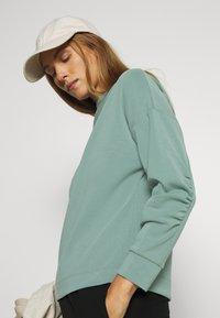 Opus - GATHER - Sweatshirt - mineral green - 3