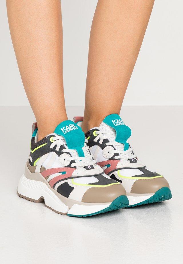 AVENTUR DELTA MIX - Sneakers laag - white/dark grey