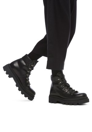 ALFRED 05 - Platform ankle boots - schwarz