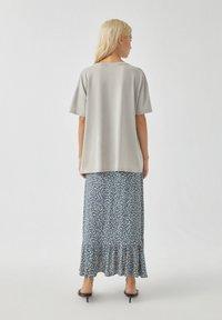 PULL&BEAR - T-Shirt print - off-white - 2