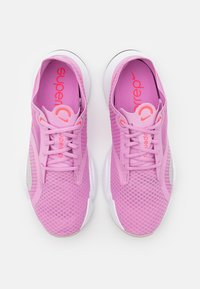 Nike Performance - SUPERREP GO - Treningssko - beyond pink/flash crimson - 3