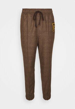 ATHLETIC - Kalhoty - brown
