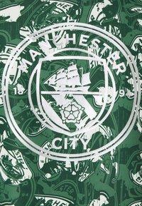 Puma - MANCHESTER CITY 1/2 ZIP - Club wear - silver/green - 2