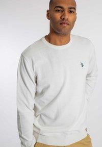 U.S. Polo Assn. - ADAIR - Stickad tröja - snow white - 0
