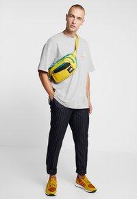 Topman - NEW YORK  - Print T-shirt - grey - 1