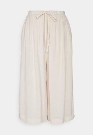SLFTESSI RELAXED PANT PETITE - Kalhoty - sandshell