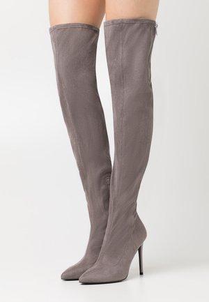 Kozačky na vysokém podpatku - grey