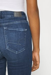 American Eagle - CURVY SUPER RISE JEGGING - Jeans Skinny Fit - indigo abyss - 3