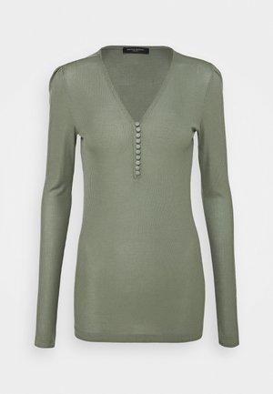 KATKA JUBI - Long sleeved top - moss