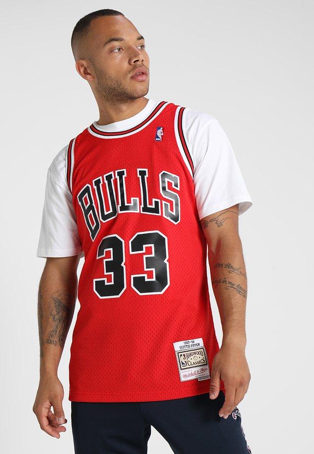 NBA CHICAGO BULLS 1997 - 98 SCOTTIE PIPPEN #33 ROAD - Article de supporter - red