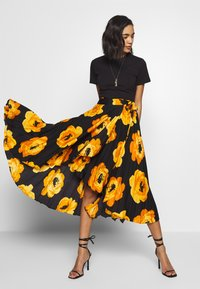 Who What Wear - THE WRAP MIDI SKIRT - A-line skirt - black - 3