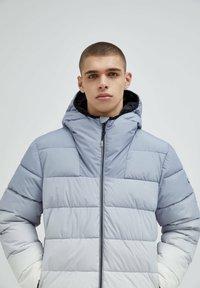 PULL&BEAR - Winter jacket - light grey - 3