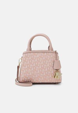 ALICE FLAP SHOULDER - Handbag - cashmere