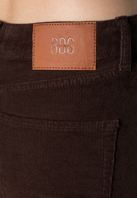 BDG Urban Outfitters - FLARE - Bukse - chocolate - 4