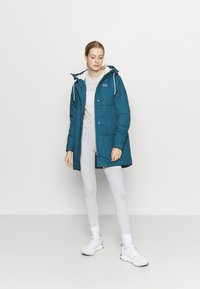 Kari Traa - SKUTLE JACKET - Winter coat - ocean - 1
