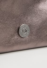 Abro - Clutch - taupe - 6