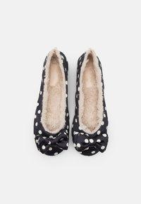 kate spade new york - MALLOW - Slippers - cream - 5