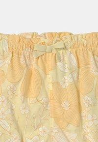 GAP - Shorts - new honeysuckle - 2