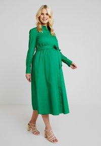 IVY & OAK Maternity - Abito a camicia - secret garden green - 2
