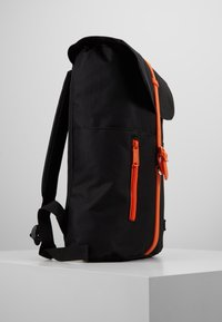 Spiral Bags - TRIBECA - Batoh - black/orange - 3