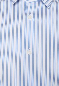 Selected Homme - SLHREGPEN BENT - Formal shirt - bright white - 2