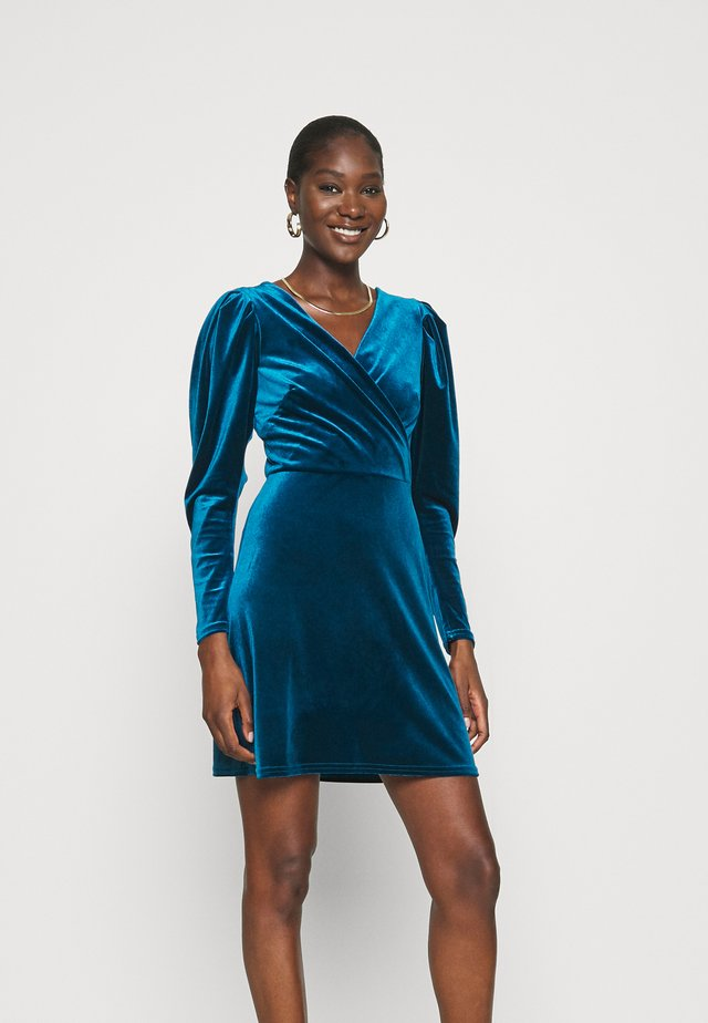 CLOSET WRAP FRONT PUFF SHOULDER DRESS - Korte jurk - teal