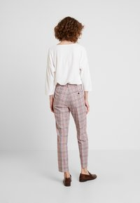TOM TAILOR - MIA - Trousers - black/orange/grey - 2