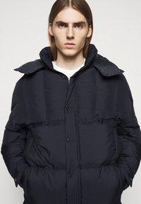 Henrik Vibskov - TILES LONG COAT - Winter jacket - navy - 4