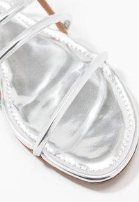 Pura Lopez - Sandals - mirror argento - 2