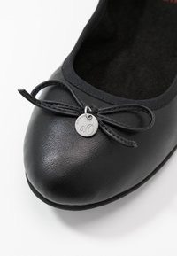 s.Oliver - Ballet pumps - black - 2