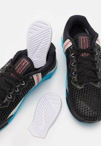 Nike Performance - METCON 6 UNISEX - Sports shoes - black/universe red/light blue fury/light bone/light smoke grey - 5