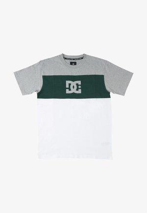 GLEN END  - Camiseta estampada - white