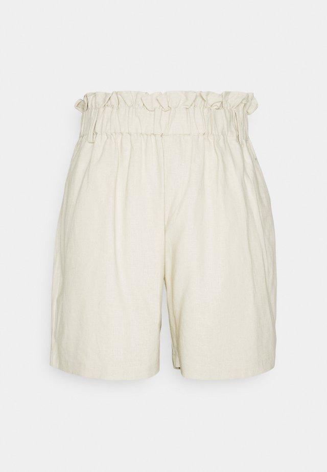 CUBELINDA  - Shorts - oatmeal