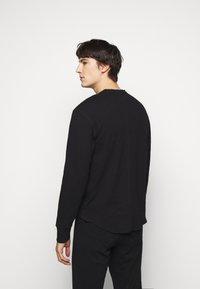 rag & bone - GIBSON  - T-shirt à manches longues - black - 2