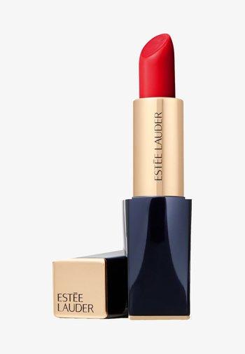 PURE COLOR ENVY LIPSTICK  - Lipstick - 540 immortal