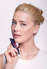 L'Oréal Paris - REVITALIFT FILLER EYE CREAM - Eyecare - - - 2